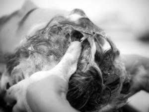 Семь мифов о волосах, в которые давно пора перестать верить