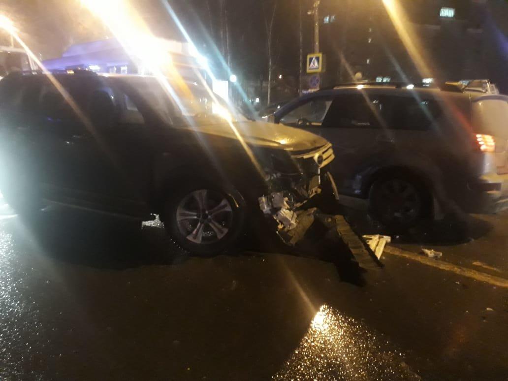 Женщина, погибшая в ДТП со школьниками в Нижнем Новгороде, была мамой одной из учениц  - фото 1