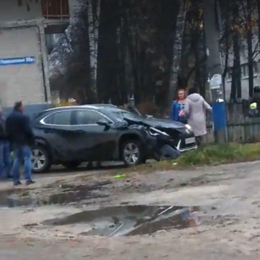 Пьяная женщина-водитель оставила без электричества несколько домов Дзержинска