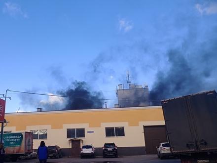 Склад горел в промзоне на Электровозной в Нижнем Новгороде