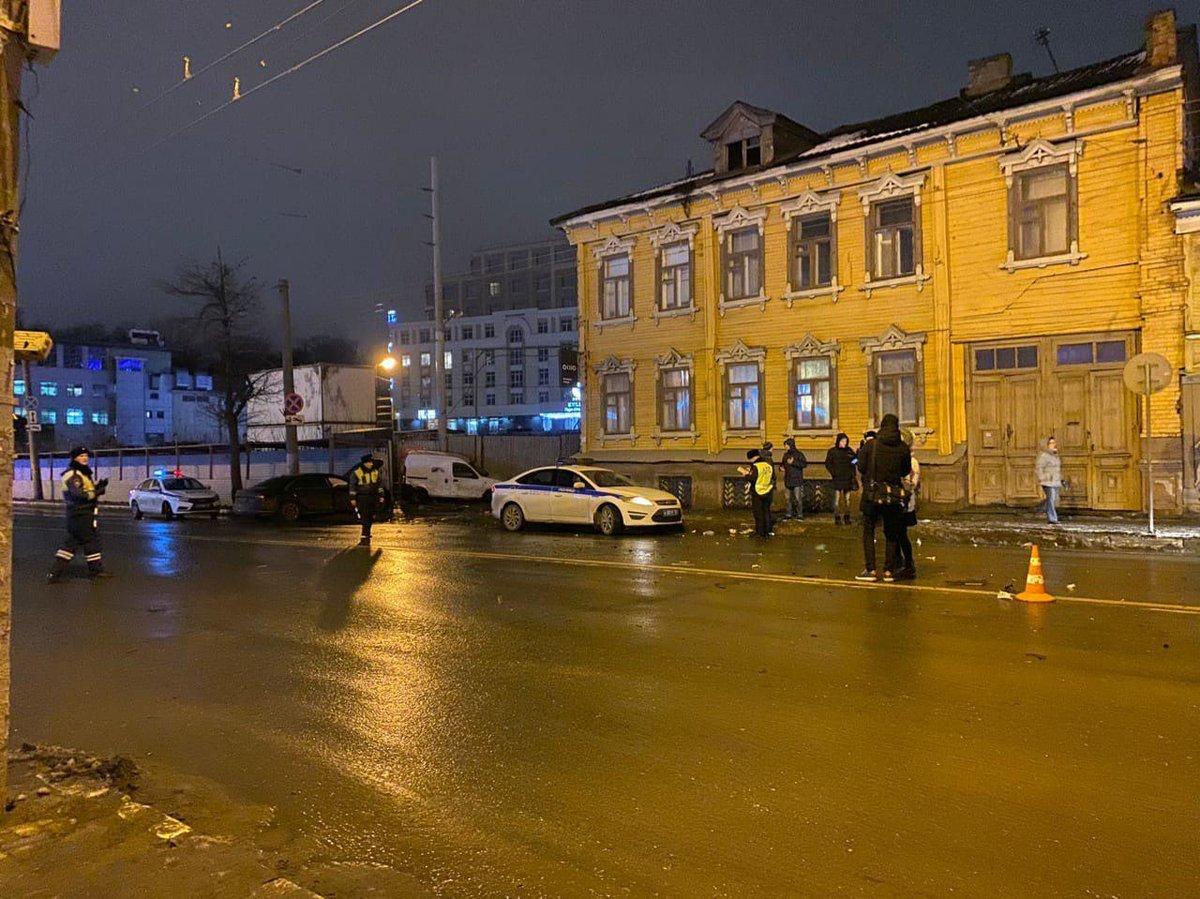 Семье погибшей в ДТП на улице Горького женщины выплатят 300 тысяч рублей - фото 1