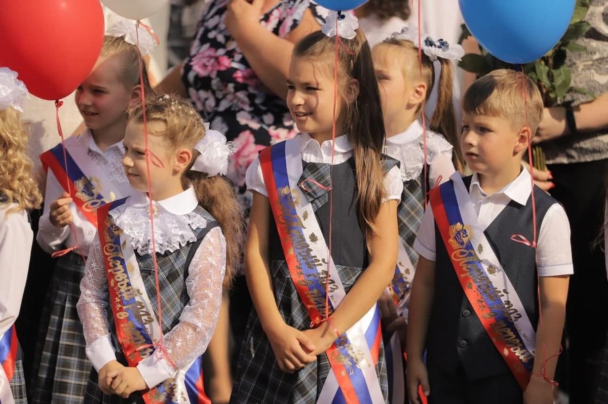 Более 2300 первоклассников отправятся в школы Дзержинска в новом учебном году - фото 1
