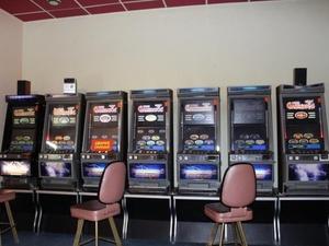 В Ленинском районе обнаружили незаконный игровой зал