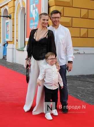 Подземный кинотеатр и 30 тысяч зрителей: V «Горький fest» завершился в Нижнем Новгороде - фото 47