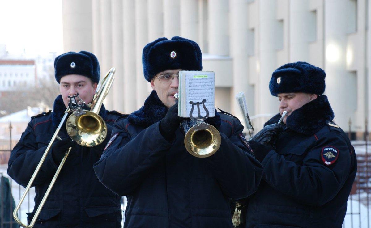 Нижегородцы услышат военные песни в исполнении оркестра полиции - фото 1