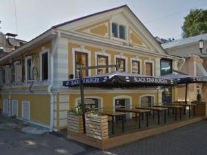 Бывшая бургерная Тимати выставлена на продажу в Нижнем Новгороде за 75 млн рублей